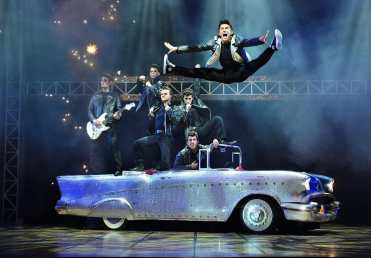 Image from http://www.greasethemusical.co.uk/gallery